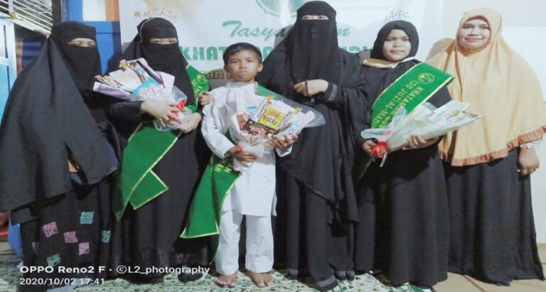 Santri RQ Al Madinah Laksanakan Tasyakuran Hataman