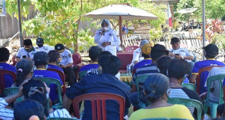 Di Sobol, Yolanda Serukan Kader dan Simpatisan Golkar Menangkan AT-FM