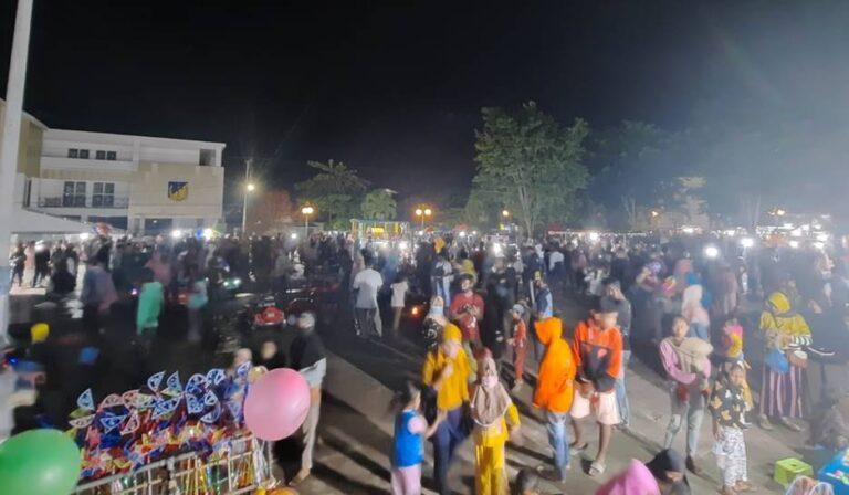 Perkumpulan Massa Tak Terhindarkan Jelang Pisah Tahun