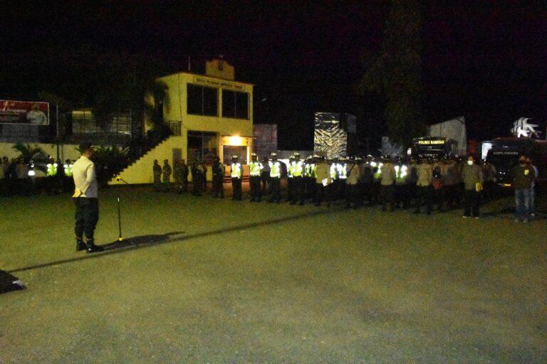 Puluhan Personel Gabung TNI-Polri Amankan Malam Hari Raya Idul Adha