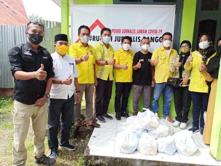 100 Paket Sembako Partai Golkar buat Jurnalis Banggai
