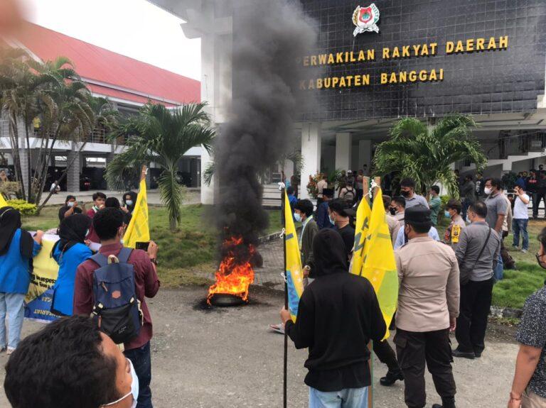 Dinilai Cacat Hukum, PMII Banggai Demo Tolak Pelantikan Direksi Perumdam